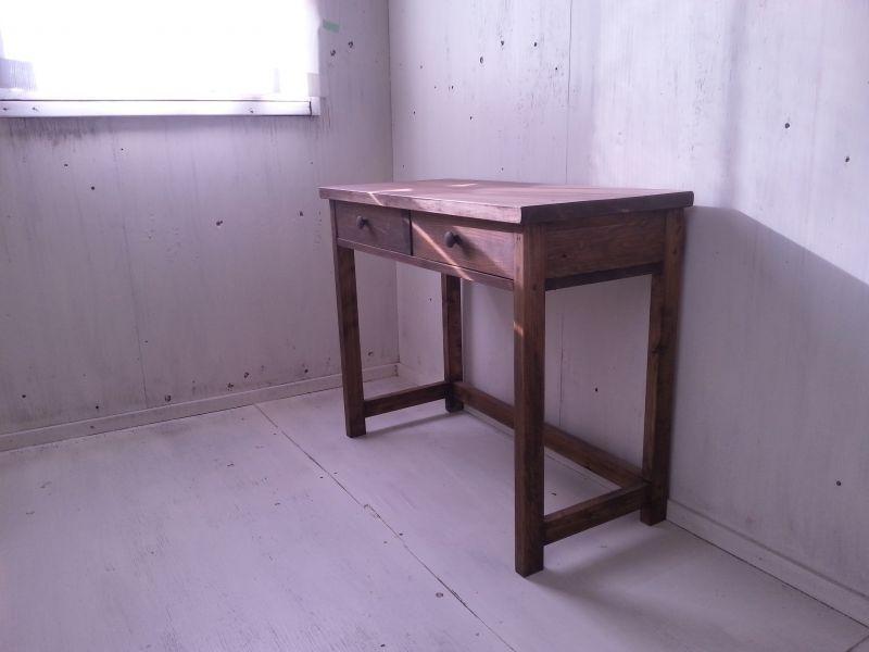 画像1: 無垢ヒノキで造る パソコンデスク 学習机 ミシン台 【type1】  【オスモウォルナット】 セミオーダー品  (1)