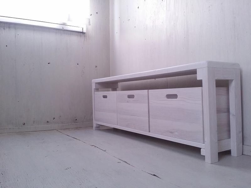 画像1: 無垢ヒノキで造る ベンチ ロングスツール 飾り棚 ボックス付き 【ホワイト】 セミオーダー品 (1)