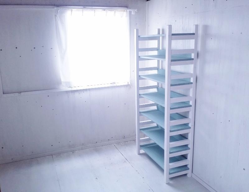 画像1: 無垢材で造る ナチュラルテイスト ラック 商品棚 h1700 w700 【ホワイト×アンティークブルー】 セミオーダー品 (1)