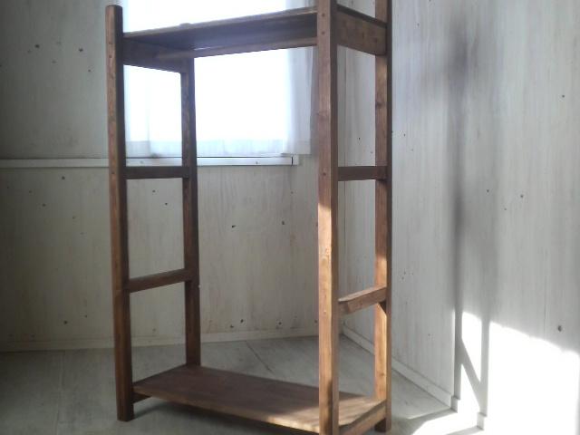 画像1: 無垢材で造る ナチュラルテイスト ハンガーラック 【オスモウォルナット】 セミオーダー品 (1)